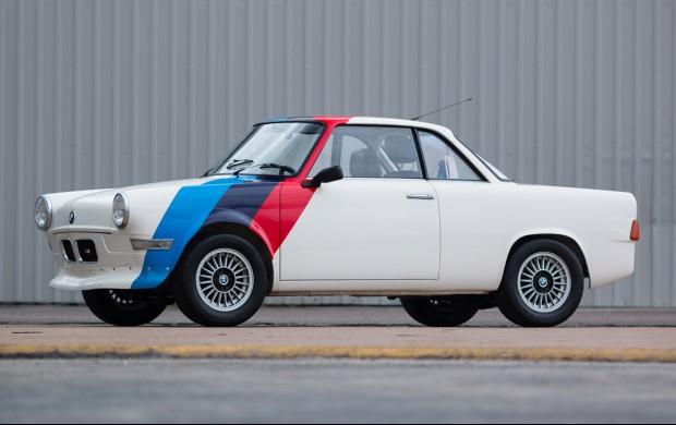 BMW-700