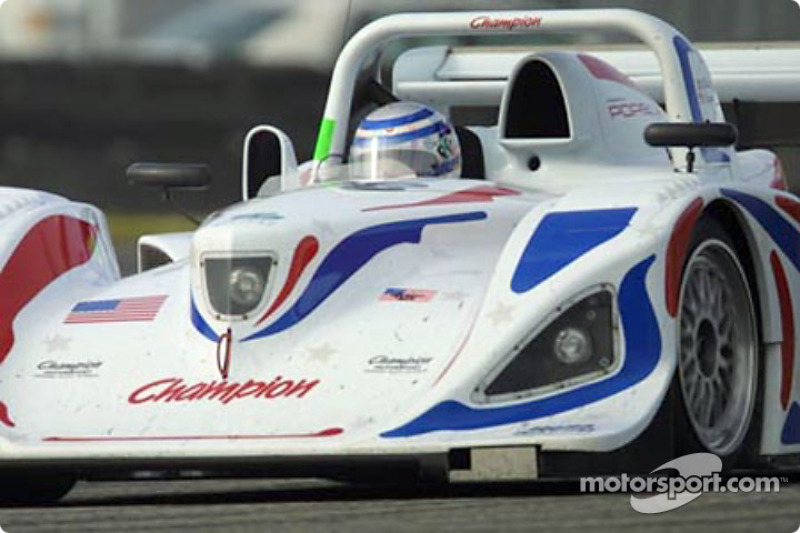 grandam-grand-am-finale-2001-the-champion-racing-porsche-lola-takes-a-turn-at-daytona-inte